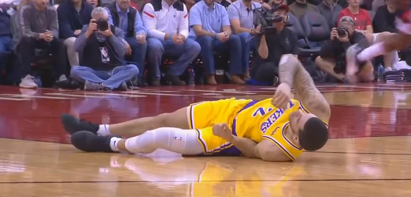 Lakers, infortunio alla caviglia sinistra per Lonzo Ball