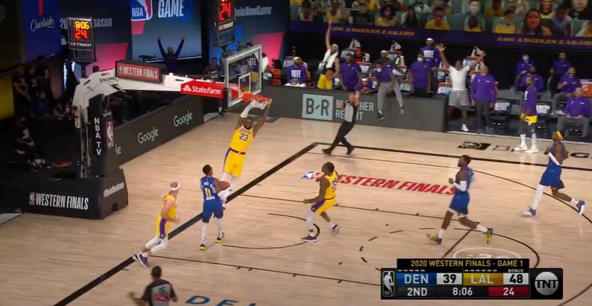 Un super Anthony Davis guida i Lakers all'1-0 sui Nuggets